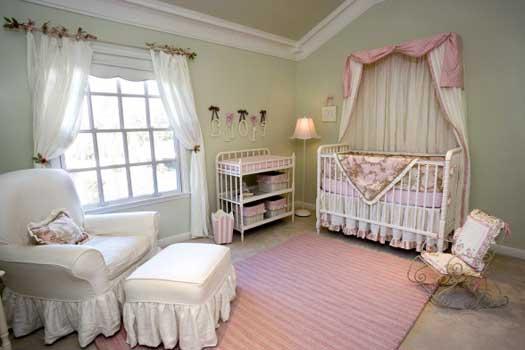 Детская комната для новорожденной