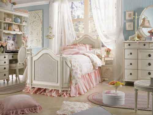 Мебель в детской комнате девочки-подростка