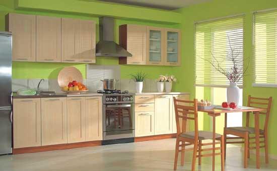 светло-зеленый интерьер кухни