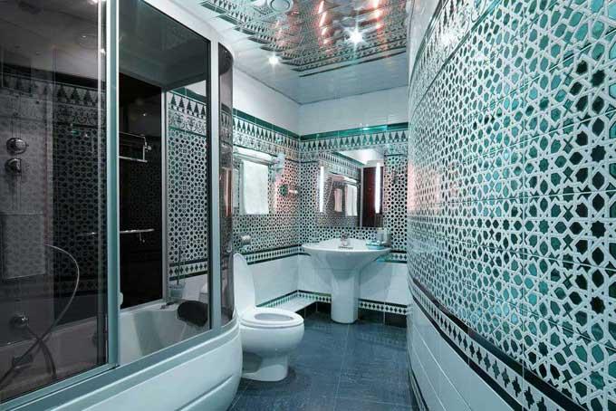 оригинальный дизайн совмещенной ванной комнаты