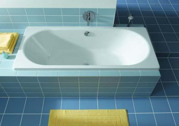 простая форма ванны из искусственного камня