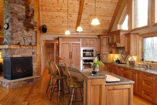 Деревянный потолок в интерьере кухни