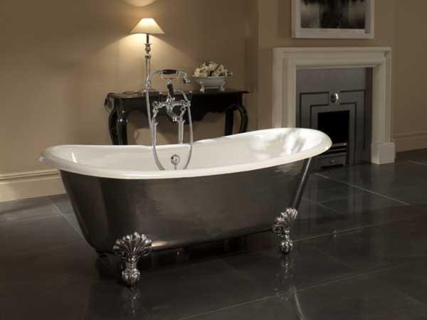 Что лучше, ванна из акрила или из чугуна