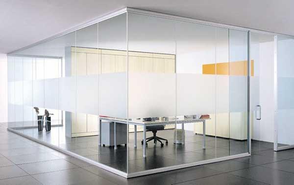 Перегородки из стекла для офиса