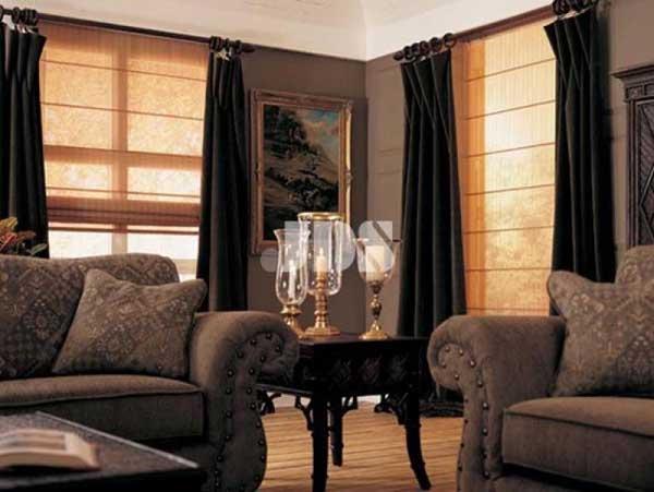 Римские шторы в интерьере гостинной