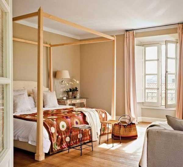 Использования кровати с балдахином
