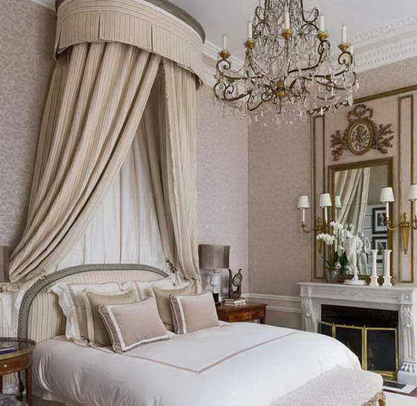 Текстиль в интерьере спальной комнаты