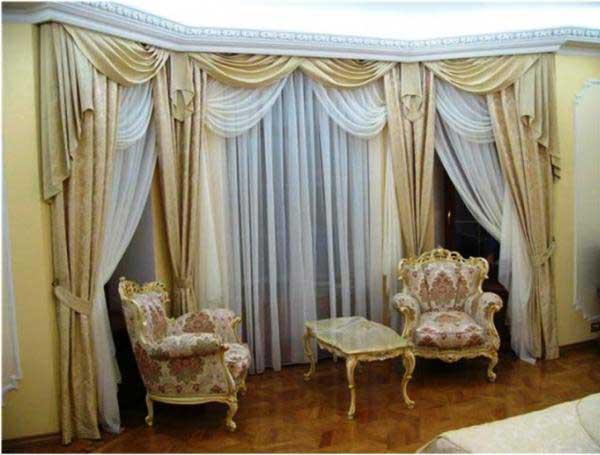 Шикарная гостиная с правильно подобранными шторами