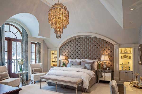 Критерии выбора люстры для спальни