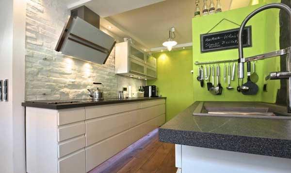 Какую мебель выбрать для небольшой кухни