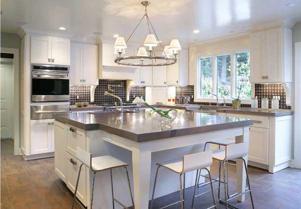 Выбираем месторасположение люстры на кухне
