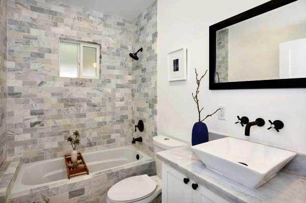Необычной декор ванной плиткой