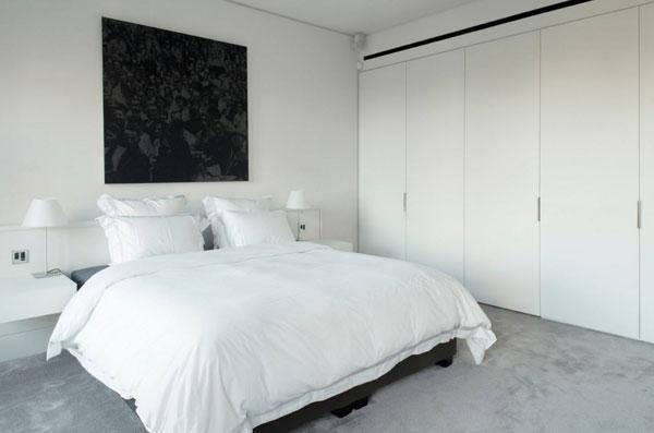 Белый цвет все актуален в оформлении комнаты