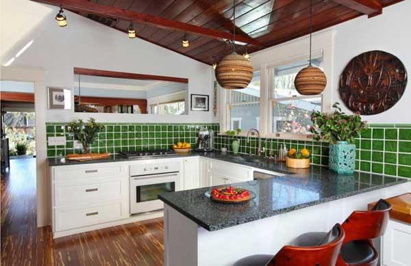 Выбор планировки для кухни в частном доме
